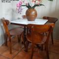Set meja makan marmer persegi 70 x 70 cm