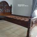 Tempat tidur Tiara Anggur