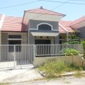 Rumah baru Taman Wiguna Selatan Rungkut Jalan kembar depan Taman
