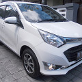 Daihatsu Sigra R Deluxe 1.2 Matik th 2016 asli Bali masih jalan 7000 km