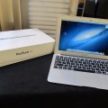 MacBook Air 11.6 inch Core i5 MD711LL Mid 2013 Like New