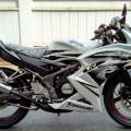 Kawasaki Ninja 150 RR Thn 2012 Wrn Putih Spesial Edition Km 7 rb Kond spt Baru