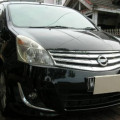 Nissan Grand Livina 1,5 XV AT Ultimate 2013 Hitam